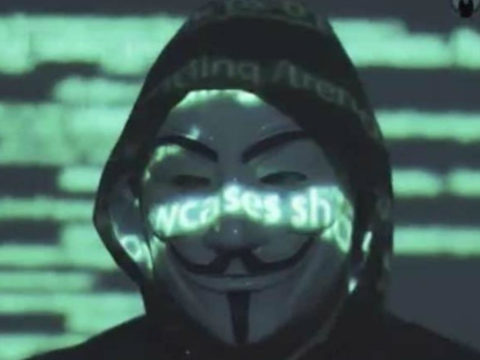 Anonymous cimbra las redes (Especial)